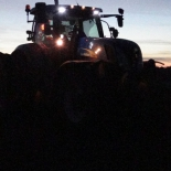 35_Andrese traktor päris pimedas